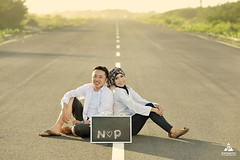 Foto prewedding outdoor casual simple hijab buat Kk Niken & Pandu di Landasan Pacu Depok Bantul Yogyakarta.  Foto prewedding by @poetrafoto, http://prewedding.poetrafoto.com  Follow IG: @poetrafoto untuk lihat foto pre+wedding terbaru kami ya.  Untuk info