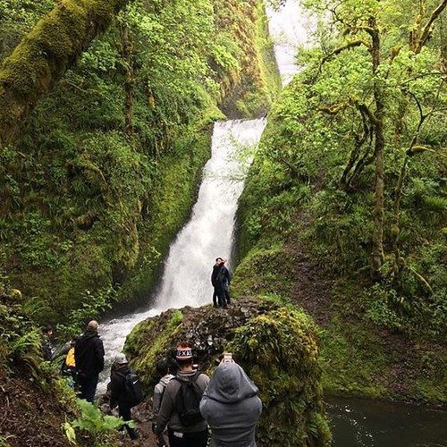 Perfect day for a hike! Green River College students visited Bridal Veil Falls. #bridalveilfalls #greenrivercollege