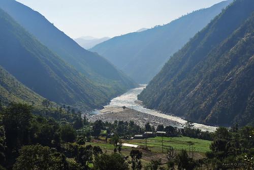 montagnes nepal okhaldhunga préci rivière sunkoshiriver