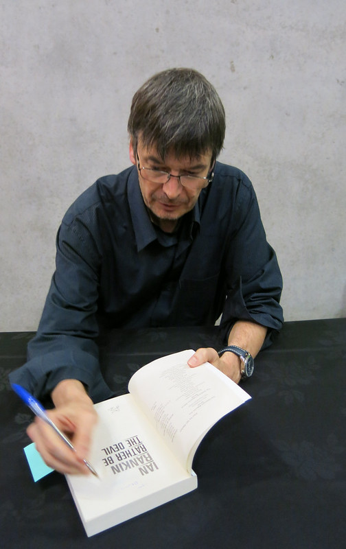 Ian Rankin signs book