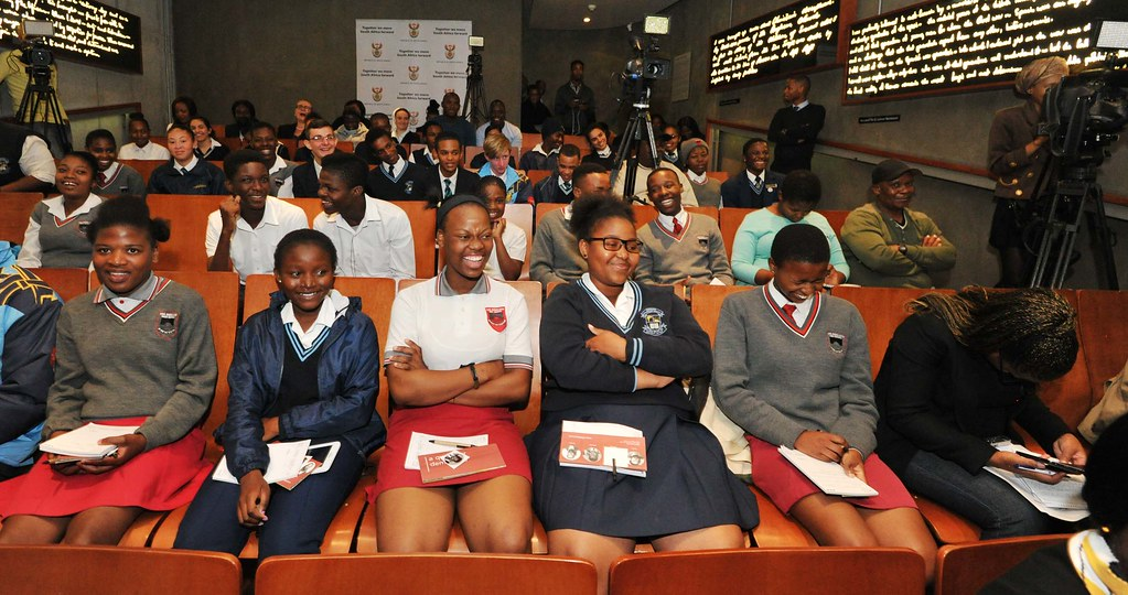 Minister of Communications Ayanda Dlodlo hosts a Youth Dialogue with Gauteng learners, 25 Apr 2017