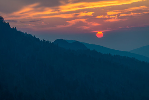 sun sunset clouds mountains mountain smokymountains smoky national park gsmnp peak color nikon nikond800 d800 adobe tennessee tn lightroom adobelightroom morton overlook mortons