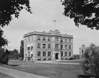 Public Archives of Canada, Sussex Street, Ottawa, Ontario / Archives publiques du Canada, rue Sussex, Ottawa (Ontario)