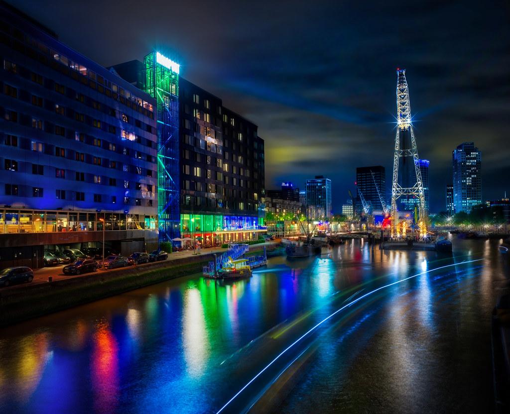 Rotterdam Night Stopped The Way