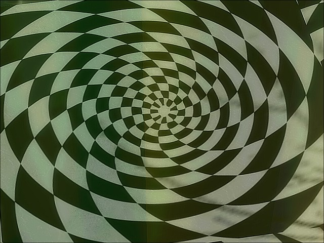 Chess Wonderland - Spun Out