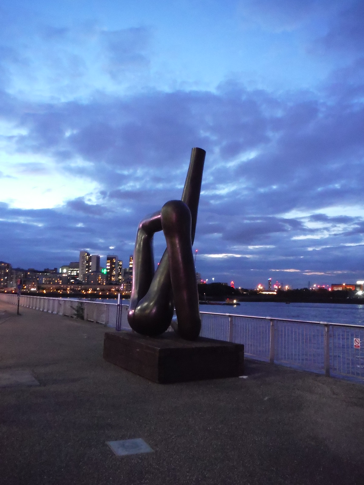 Gary Hume - Liberty Grip (at dusk) SWC Short Walk 21 - The Line Modern Art Walk (Stratford to North Greenwich)