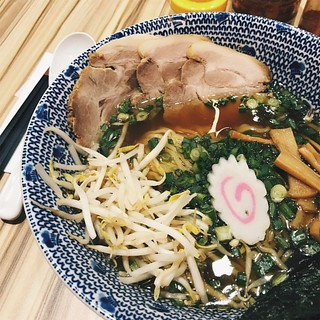 Tokyo Ramen chef must have really needed to use up his taugeh (bean sprouts) and spring onions today 😂 Verdict: I'll stick to Musashi Ramen or Bariuma . . #tokyoramen #atria #atriashoppinggallery #ramen #japanesefood #foodporn #musashiramen #bariuma # | by dannyfoo