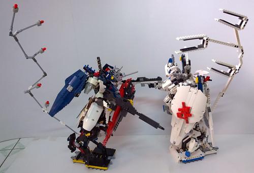 LEGO Gundam Nu-Bael and Gundam Kimaris Vidar Sazabi | by demon1408