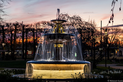 fountain park nörrkoping sweden sunset water