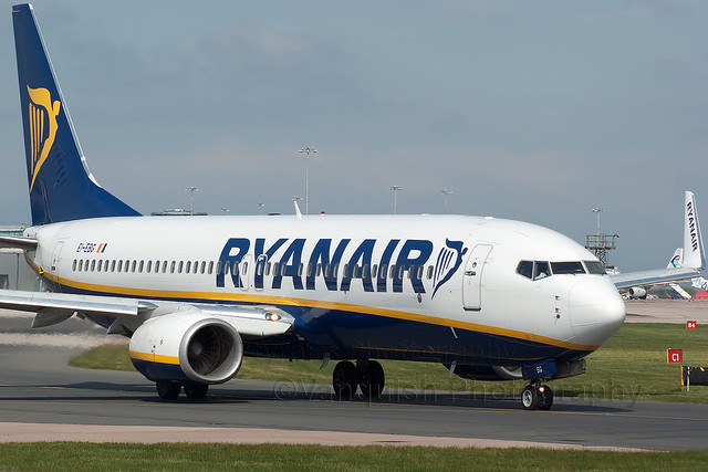 EI-EBG Ryanair B737-800/W Manchester Ringway Airport