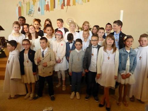 2017 05 14 Messe & Premières  Communions Baraqueville (132)