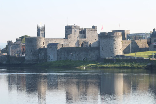 castle ireland limerick history europe river reflection landscape rivershannon