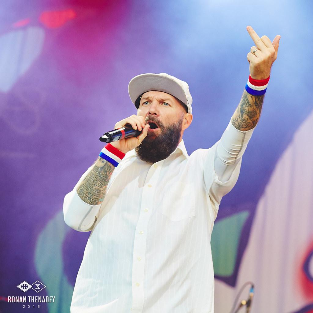 limp bizkit fred durst mainstage hellfest 2015