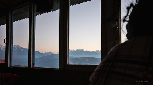 montagnes nepal préci pattale solukhumbu fenêtre