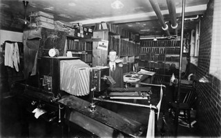 Photostat room in the Dominion Archives of Canada, showing Mr. St. Amour, Ottawa, Ontario / Salle de photocopie des Archives fédérales du Canada où se trouve M. St-Amour, Ottawa (Ontario)