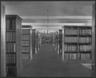 Manuscript room, Public Archives of Canada, Sussex Street, Ottawa, Ontario / Salle des manuscrits, Archives publiques du Canada, rue Sussex, Ottawa (Ontario)