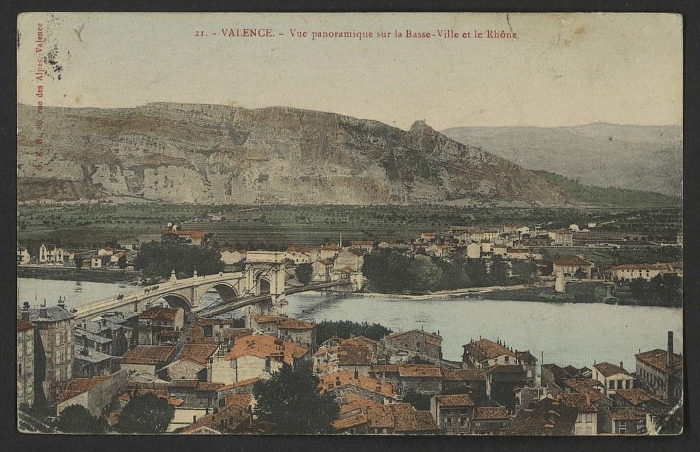 Valence - Vue panoramique sur la Basse-Ville et le Rhône