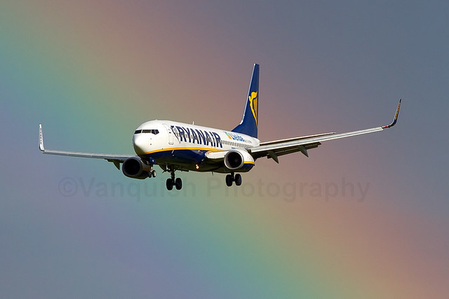 EI-DPW Lleida Ryanair B737-800/WL Old Colours East Midlands Airport Archive