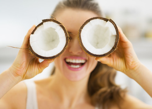 The untold truth about coconut oil | by HTTPS://FANCYDISTRICT.COM