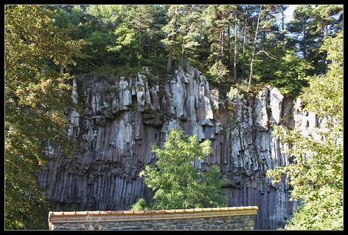 Anciennes coulées basaltiques  34202003612_437cbb8757