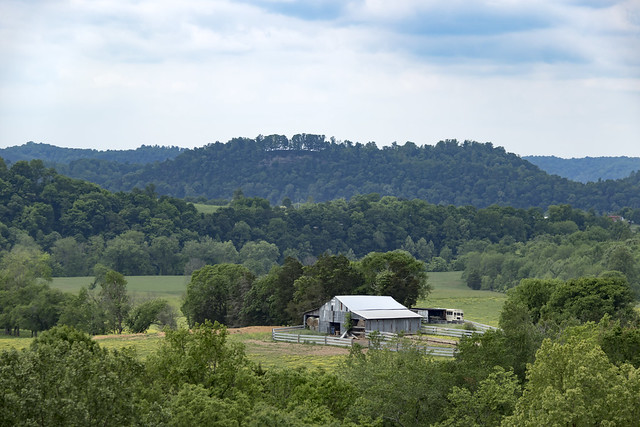 Barn, Arcott area, Clay County, Tennessee