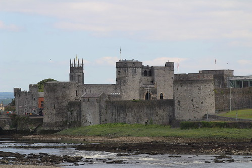 castle limerick ireland europe travel landscape river rivershannon history