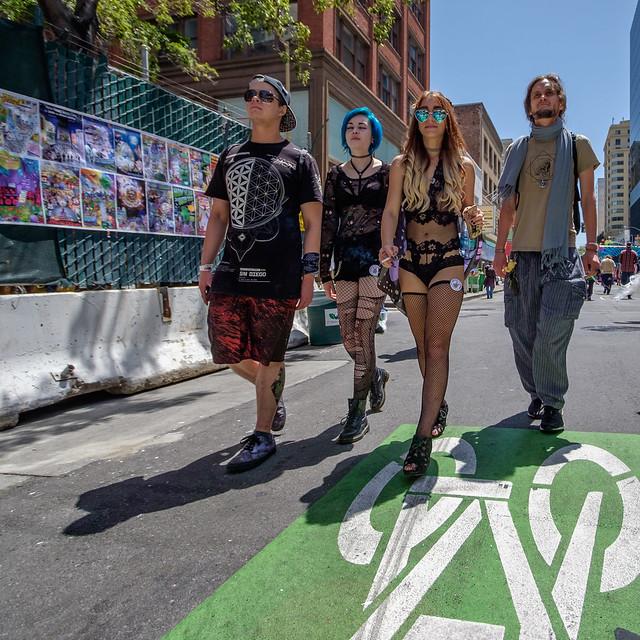 How Weird Street Faire 2017: corroborates jaks