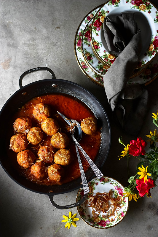 Chicken meatball curry