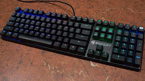 Roccat Suora FX RGB Mechanical Keyboard Review | by BagoGames