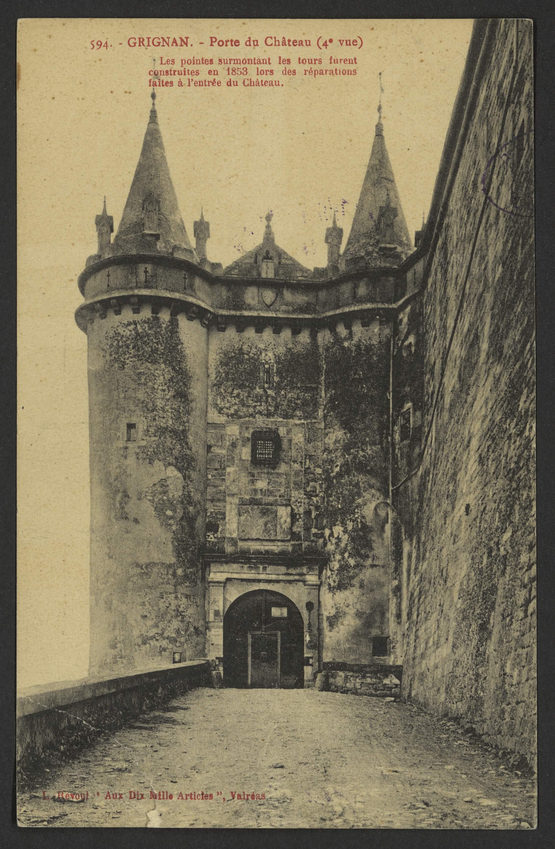Grignan, Porte du Château (4e vue)