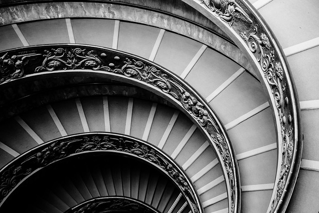 The Bramante Staircase in black and white: part 2