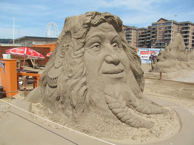 Sand Sculpture Festival, W-s-M