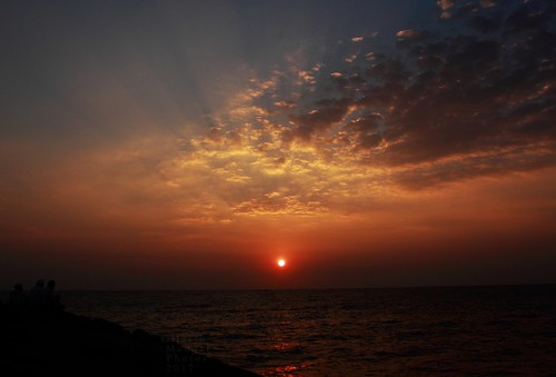 tamilnadu india harshmangal sunrise kanyakumari tamil sea incredibleindia people rocks sunrisepoint