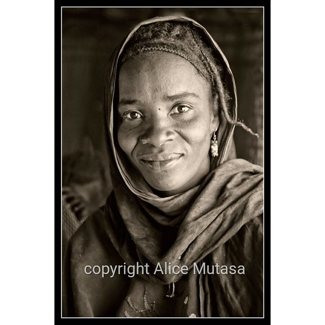Another preview from my FORTHCOMING EXHIBITION - this is Rayshata from N'Dala village near Timbuktu.  I will be showing my portraits of Touareg friends and villagers from Timbuktu in the SEAS ('Socially Engaged Art Salon') Artists Open House - 'Somewhere