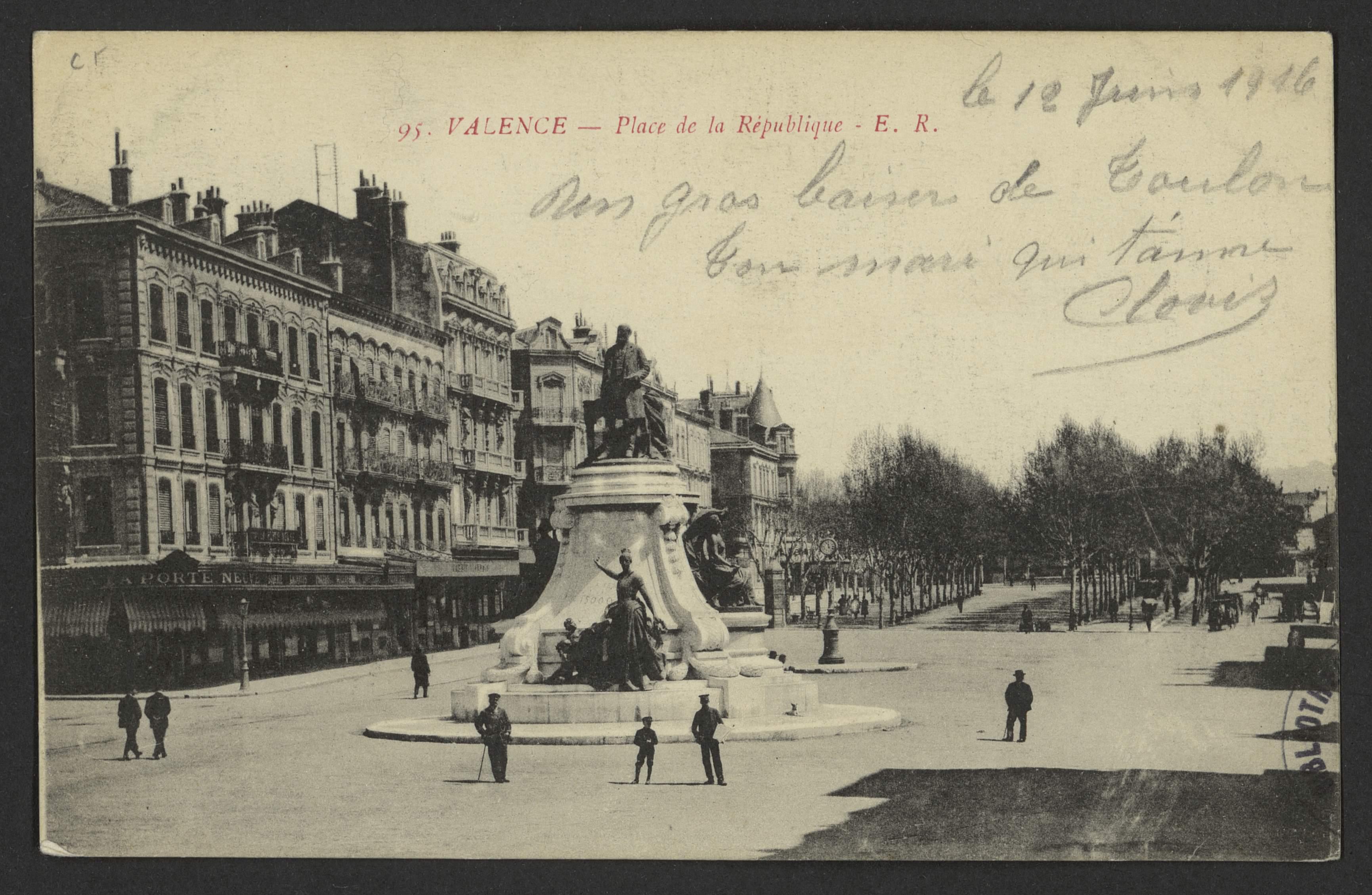 Valence - Place de la République