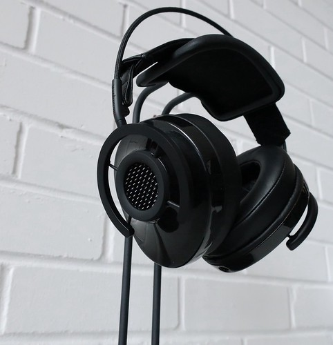 AudioQuest NightHawk Carbon headphones | by the little audio company