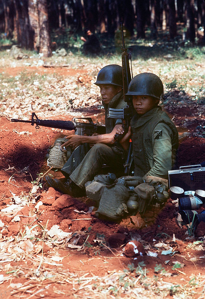 Fall of Saigon 1975 - Vietnamese soldiers in Xuan Loc - Ph…   Flickr