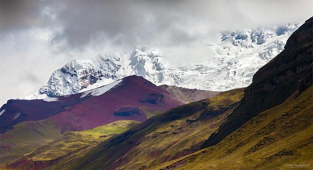 Ausangate peak (.)