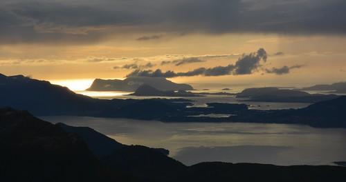 mountain mountains norway norge natur vestlandet sunnmøre møreogromsdal sykkylven sunnmørsalpene sunnmørsalpane martinystenes revsdalshorn sunndalsetra
