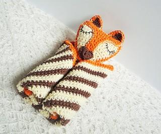 crochet fox blanket