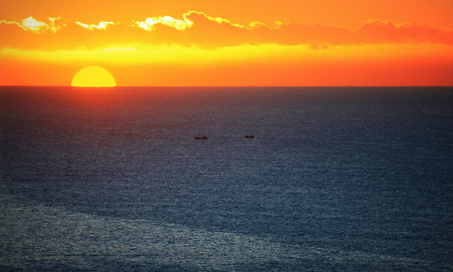 IMG_1282 The rising sun with fishing boats