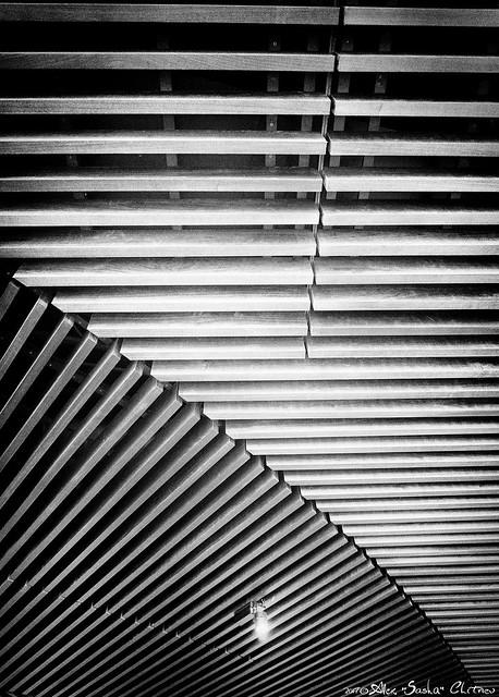 LA ceiling
