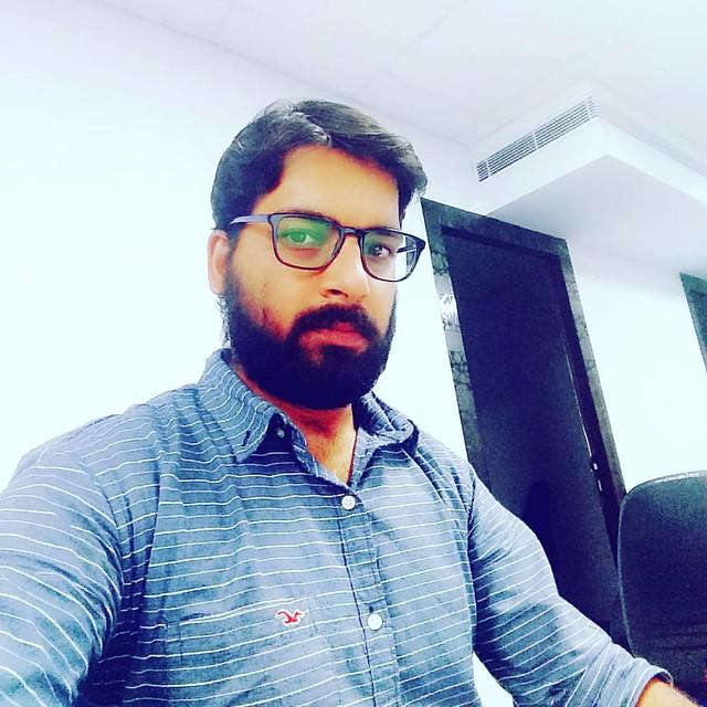 #hyderabad #office # selfie #instapic #l4l #instagram #instapic #thrusday #f4f#work