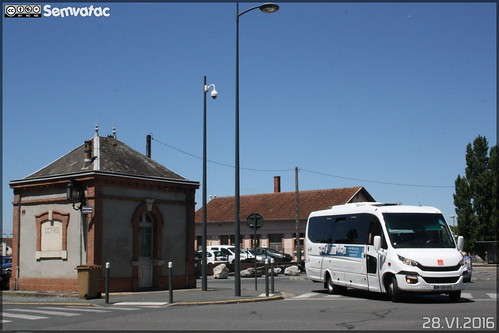 semvatac photo bus tramway métro transportencommun ferqui sunsetx dm129gs rubanbleu midipyrénées hlp placestalingrad albi tarn