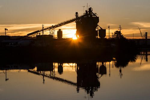 ca california northbay petaluma sonomacounty sunrise industry industrial reflection petalumariver