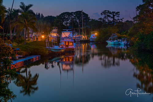 sony a7r2 sonya7r2 ilce7rm2 sonyfe2870mmf3556oss fx fullframe scenic landscape waterscape nature outdoors nightphotography noctography colors shadows reflections trees tropical boats docks piers palmcity stuart martincounty florida southeastflorida