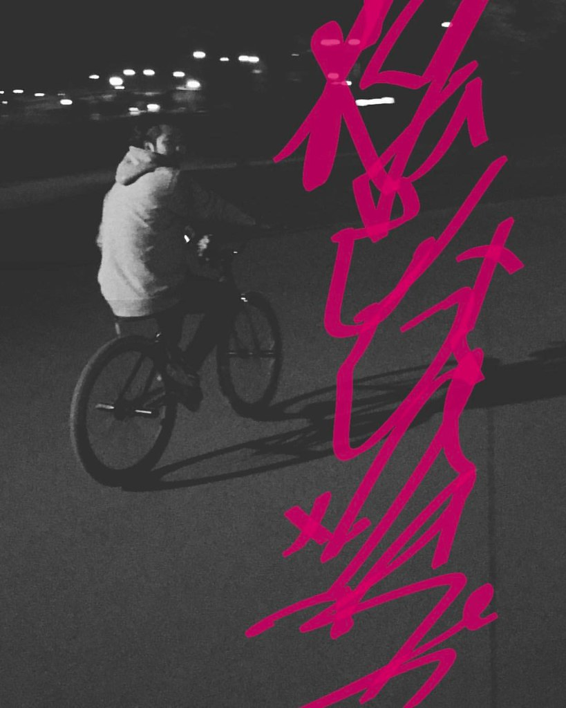 #ENDfgfs | @byclipse_ys Nanzi Night Team Session :  #costaend | #fgfs #fixedgear #pedalbrigade #byclipse #bombtrack #ynotkorea #snrdeyewear #wkgraphic #팀이엔디 #픽스드기어 #