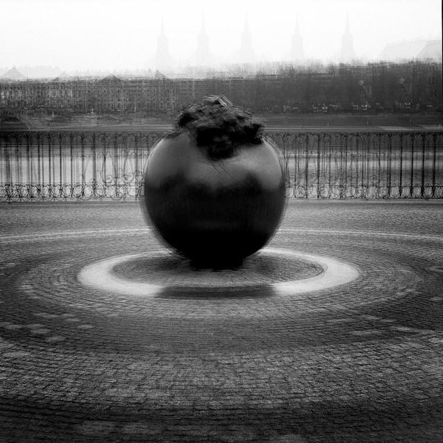 rotating clobe