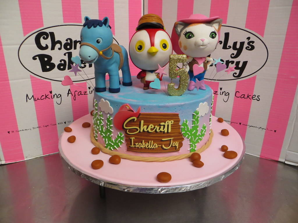 Sheriff Callie Themed Single Tier Cake With 3 X 3d Charact