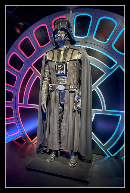 Köln - STAR WARS Identities Darth Vader costume 02